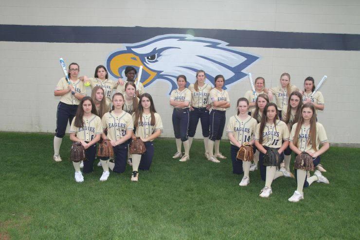 Eagles Softball Team 2017-2018